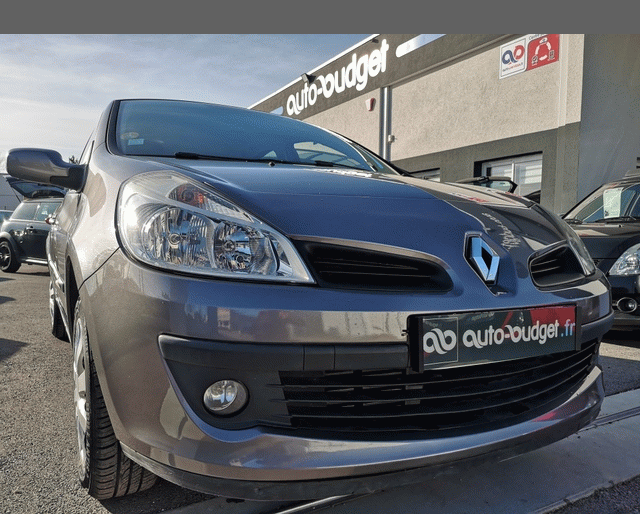 Renault Renault Clio III 1.5 dci 70ch Dynamique 5p